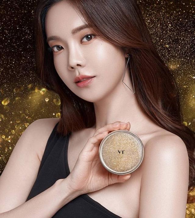 韓國最新夯品 VT 爆水精華 流金粉凝氣墊粉餅   SPF50+/PA++++ 11g  5代限定版