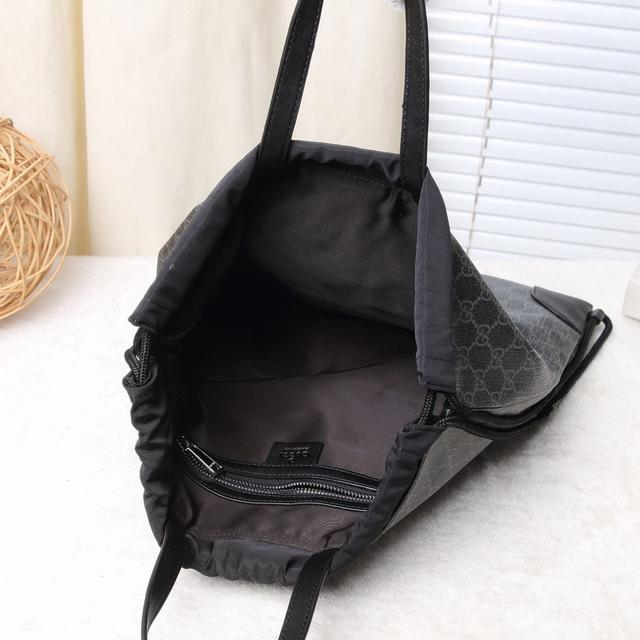 Gucci/古奇 新款男包經典柔軟品質  官網同步,抽繩手提背包