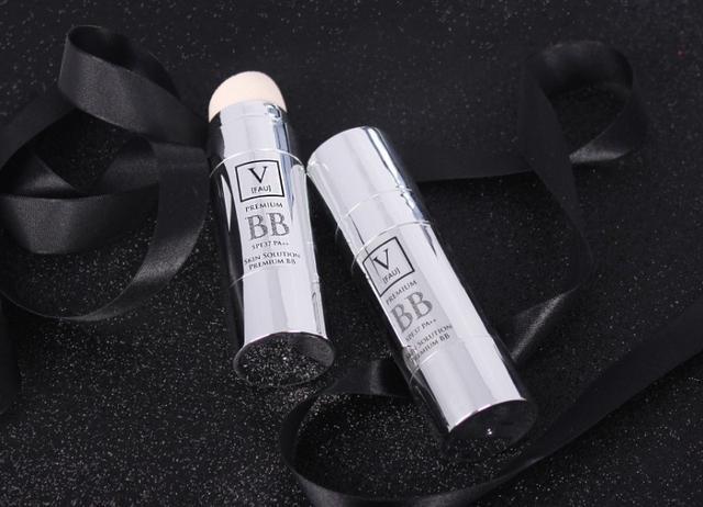 韓國 V FAU 新款銀管再生防曬遮瑕BB霜 30g-F464