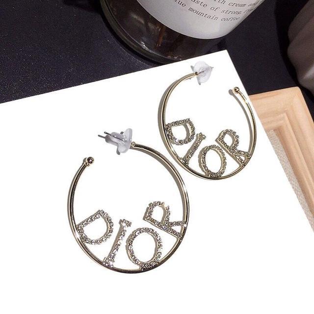 A2 各大品牌飾品耳環,項鏈最新款式