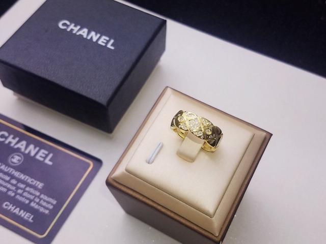 小香 Chanel 最新菱格戒指💍高端定制亞金鑲嵌頂級高碳鑽