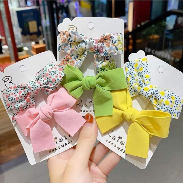 (預購s+) F026-韓國小碎花素色蝴蝶結髮夾二件套