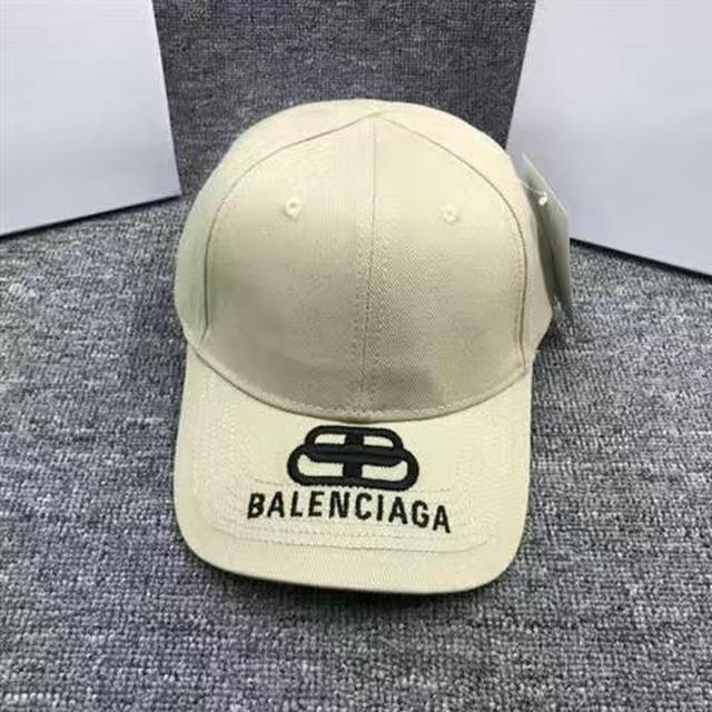 意大利VER 範思新款男女同款黑色棉質刺繡彩色logo棒球帽子