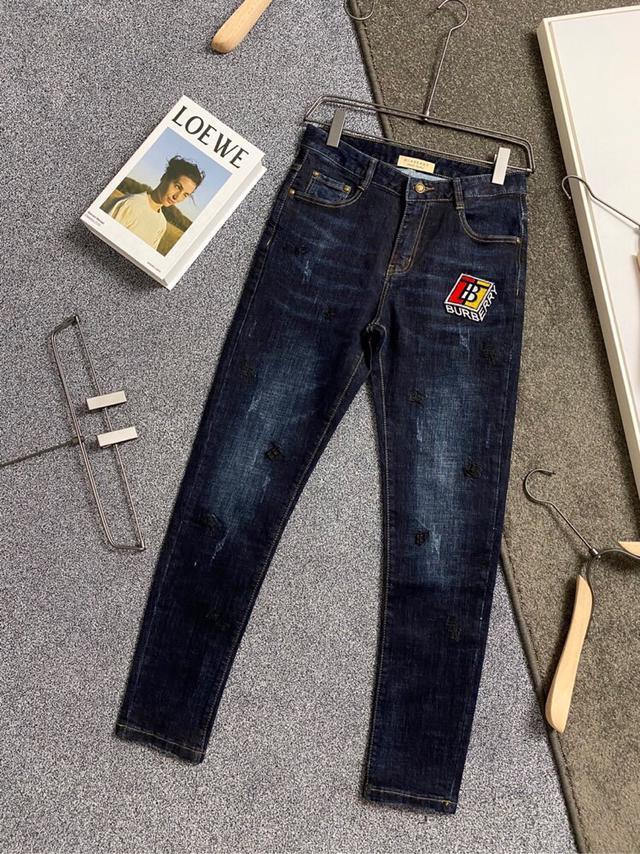 巴寶莉 秋冬新品最新潮款牛仔褲、專櫃官網同步發售