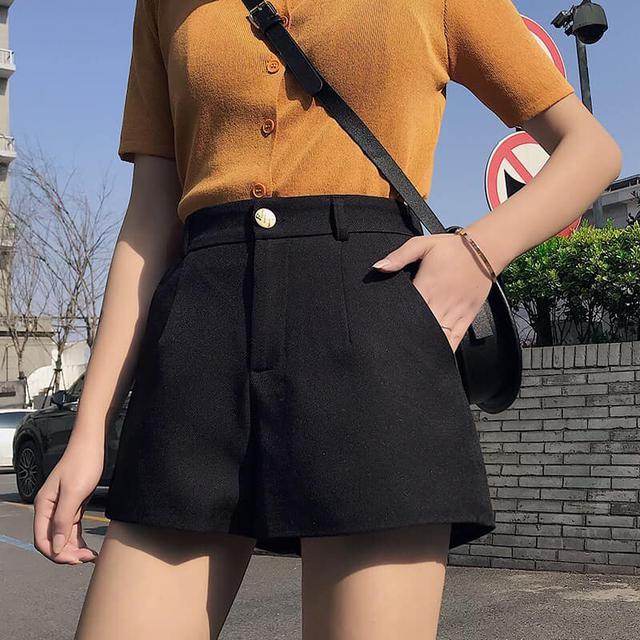 ☆百搭純色西裝短褲