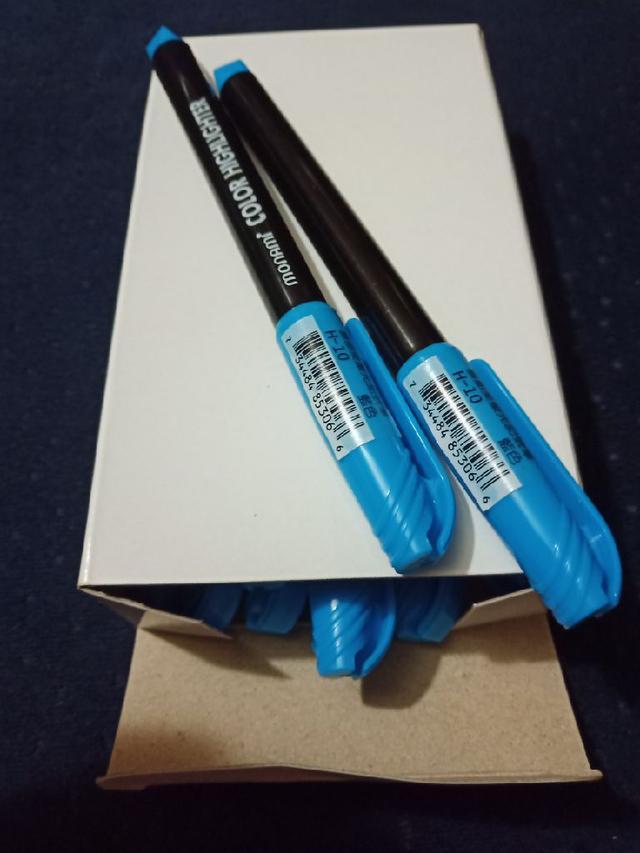 藍色記號筆 一盒12支 共40盒$960 (1支2元)1支2