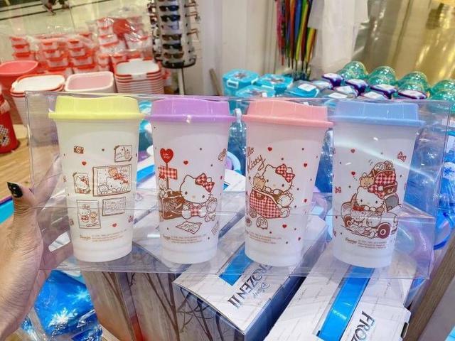 迪士尼/KT兒童水杯4件組
