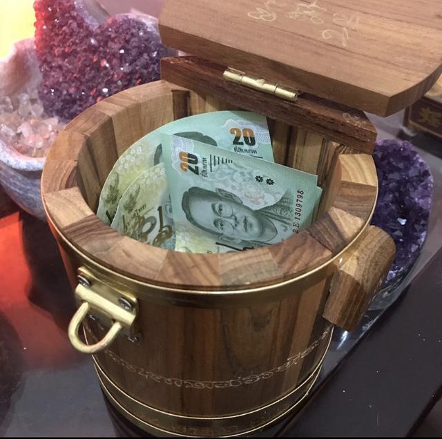 """(少量現貨)泰國龍婆本廟 龍婆大師親自加持 """"經文生錢筒"""""""