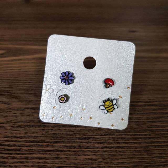 🇰🇷可愛蜜蜂貼耳組