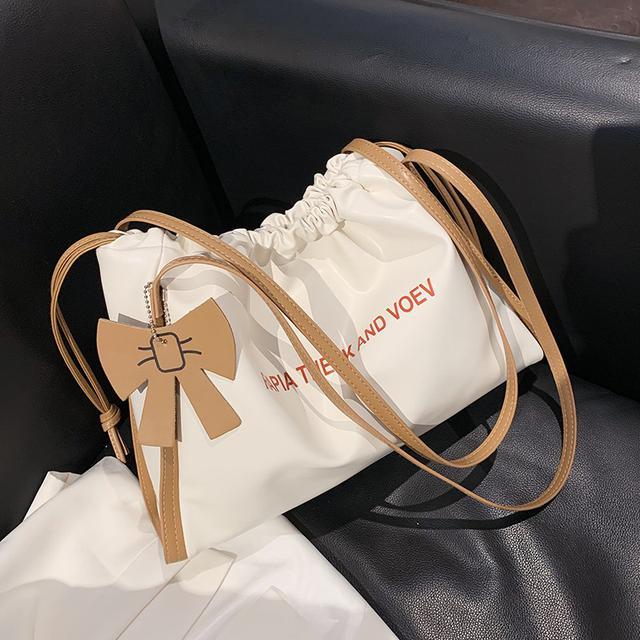 預購🦊軟面大容量包包新款潮時尚單肩包簡约托特水桶包