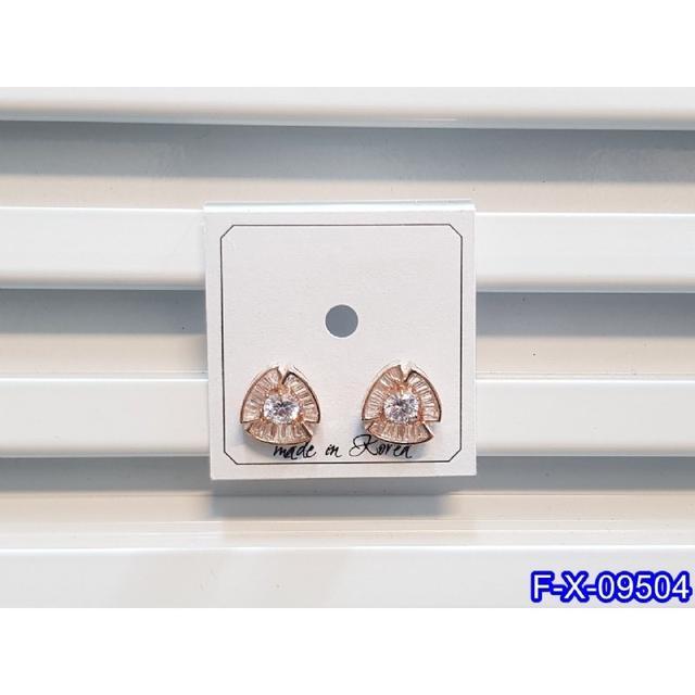 ❣️S925純銀 小巧鋯石花朵耳環   耳針 韓式❣️