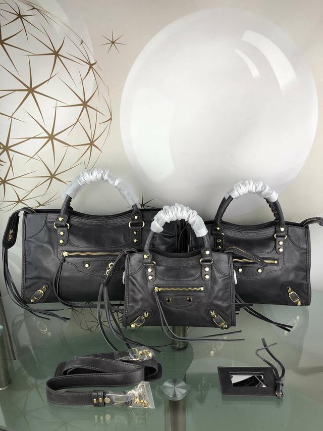 巴黎世家 Balenciaga。意大利进口原版油蜡头层牛皮香皮