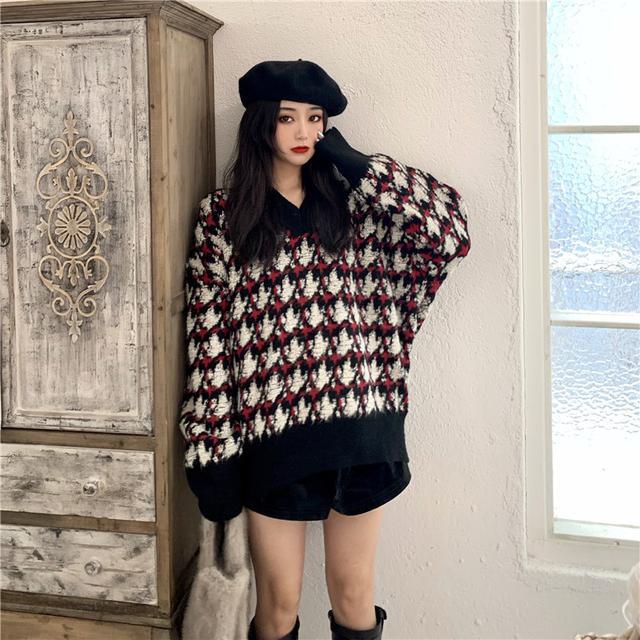 A 12/4 慵懶風V領千鳥格加厚針織毛衣外套(3色)