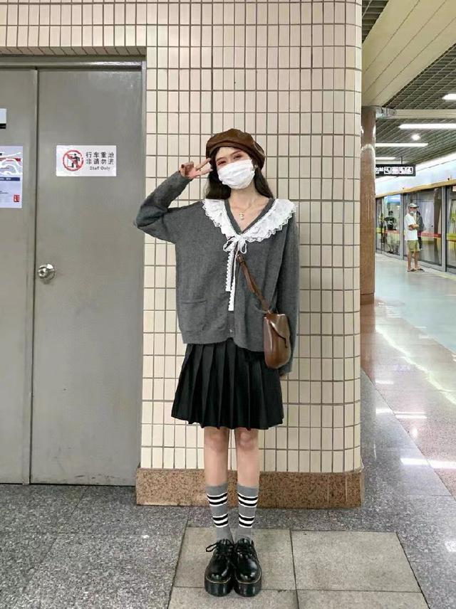miu式可愛手工蕾絲領毛衣開衫
