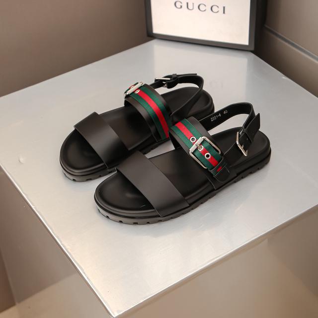 GUCCI古奇最新款拖鞋休閒時尚拖鞋👟爆款