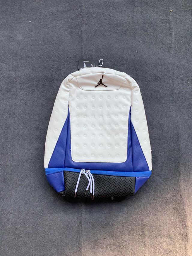 Air Jordan13 AJ13双肩包背包芝加哥黑猫红白基德男女户外书包电脑包 专柜同步!