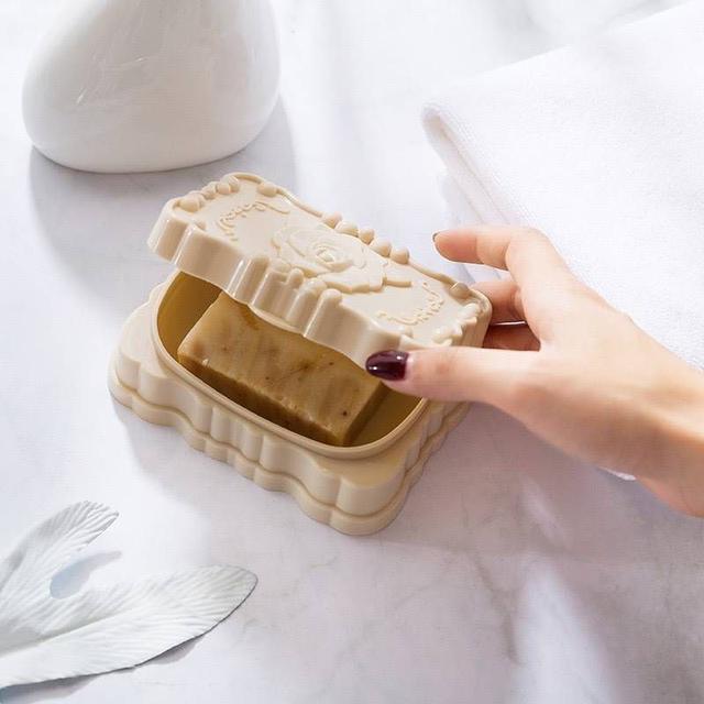 帶蓋防水玫瑰雕花香皂盒