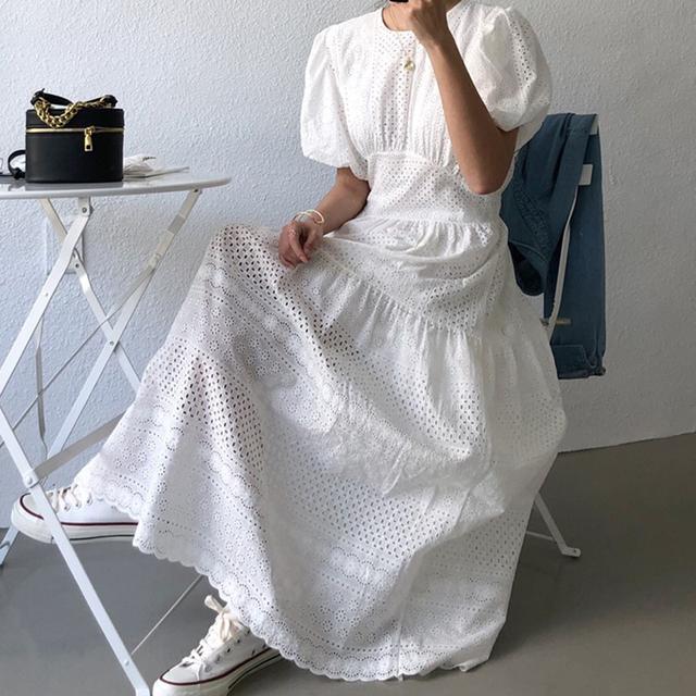 韓國chic優雅輕熟風圆领提花蕾絲镂空高腰大擺型泡泡袖連衣裙(c)