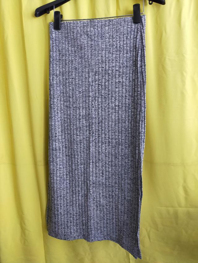 195.特賣 批發 可選碼 選款 服裝 男裝 女裝 童裝 T恤 洋裝 連衣裙