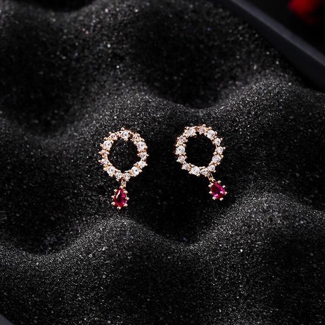精緻鑲水滴💧耳環