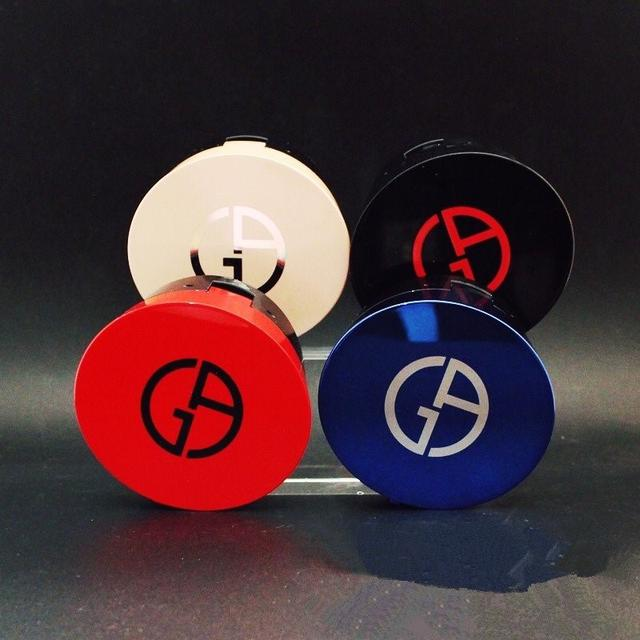 促銷 限量版全系列 Armani/阿玛尼 氣垫BB 藍金气垫粉底粉饼丝光清透细腻 遮瑕保濕