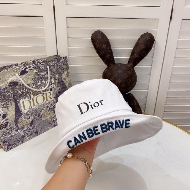 【DIOR迪奧】2020新款帽子簡約風漁夫帽,爆款,超好搭配,兩面款可折疊 周年慶特價