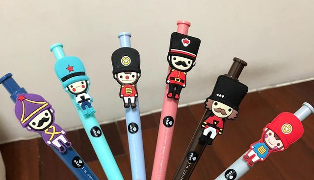 韓國🇰🇷娃娃兵原子筆