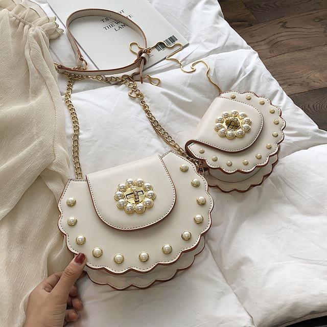 (預購)新款ins珍珠铆钉斜挎包鏈條單肩包