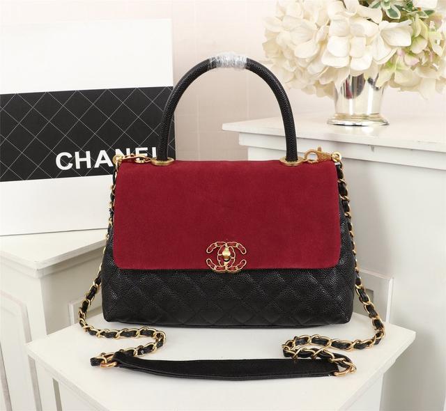Chanel 💅独家首发独特设计肩背手提两用的扣盖包