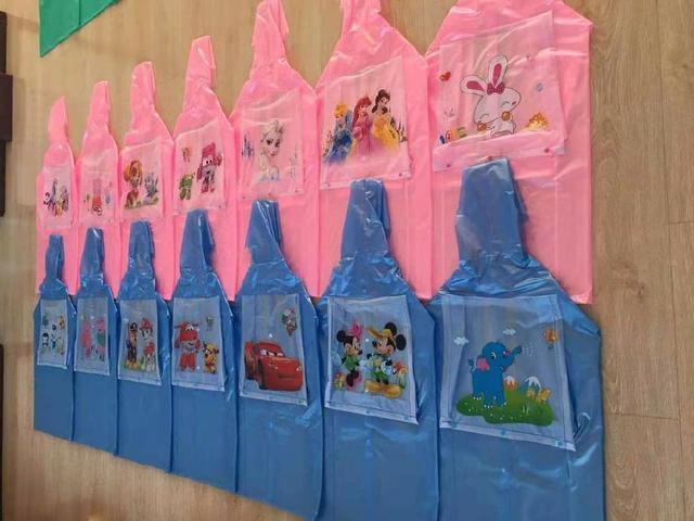 (預購S) G718 - 出清卡通兒童書包位雨衣