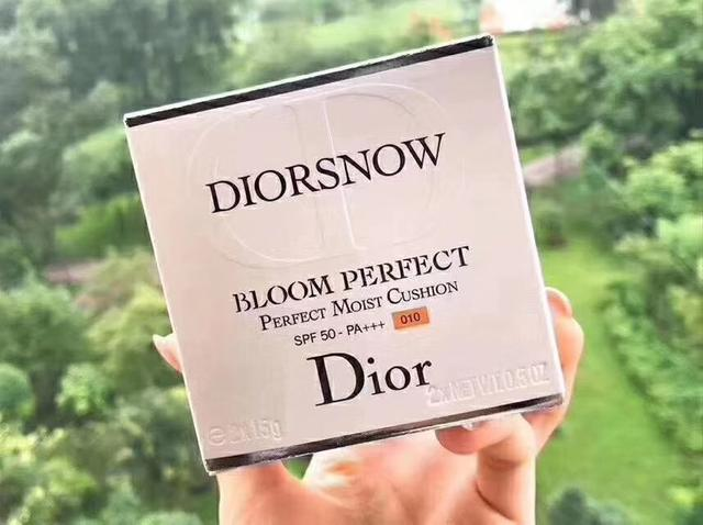 Dior雪精靈氣墊