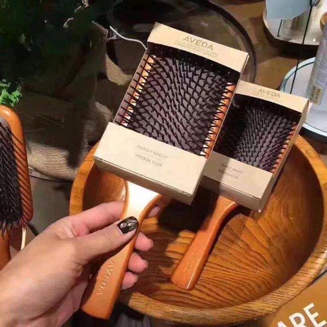 (預購s)限量大S推薦AVEDA木質髮梳按摩頭皮囊梳