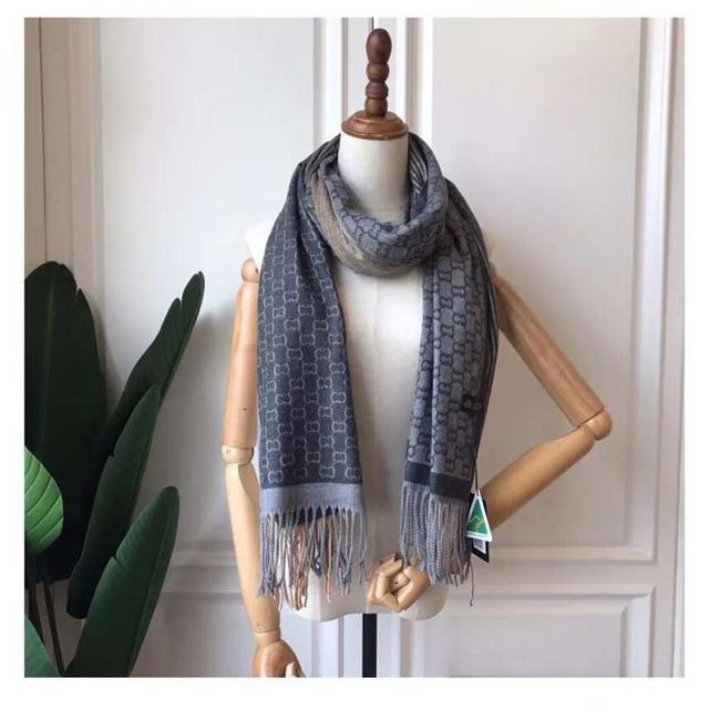 預購-澳洲UGG格子羊绒圍巾