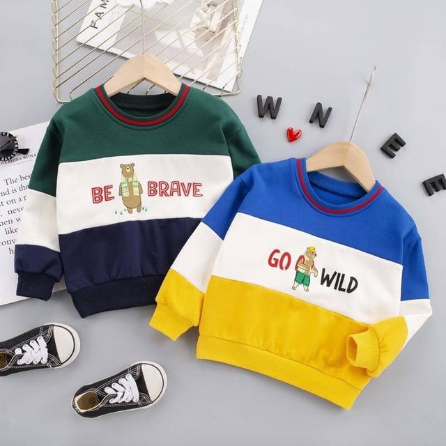 WKD10-4 拼色小熊上衣