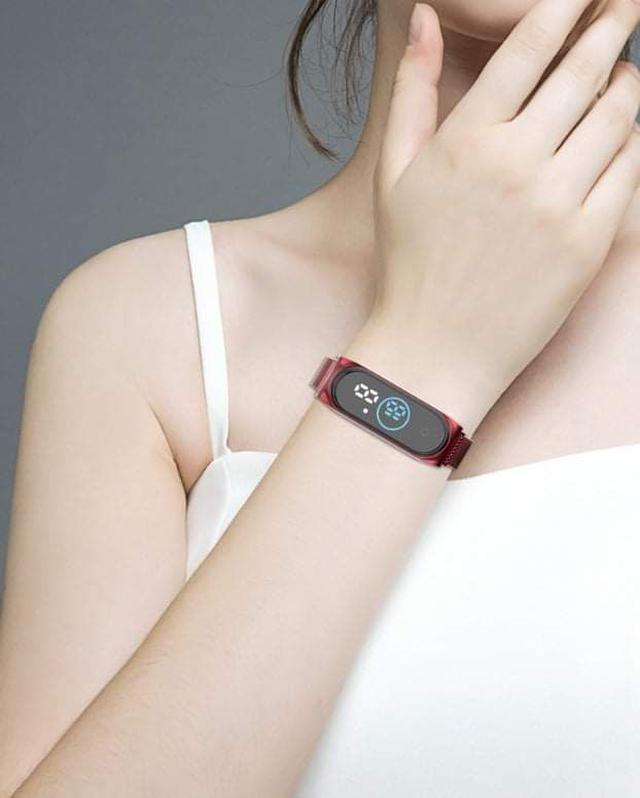 (預購S) N078 - 米蘭磁吸錶帶電子LED運動錶