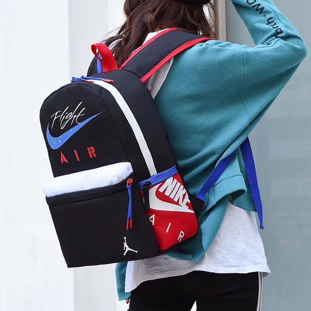 Nike Air Jordan 乔丹飞人情侣鸳鸯双肩包 电脑学生书包 便携大容量背包