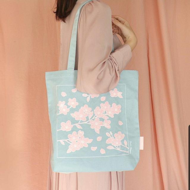 韓國大創、櫻花背袋