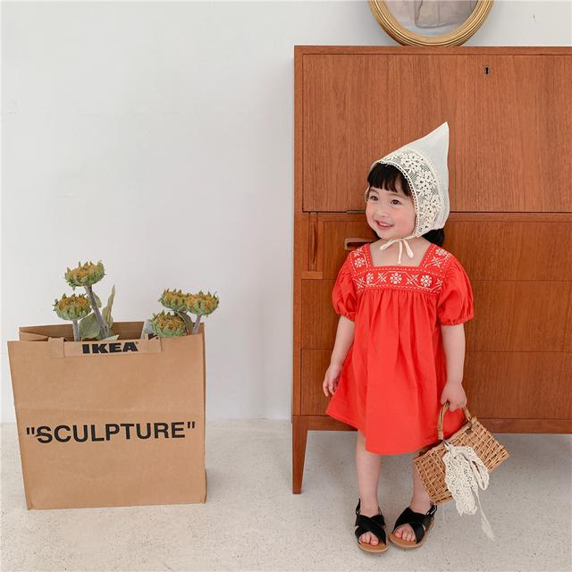 2021夏款女童民族風繡花連衣裙