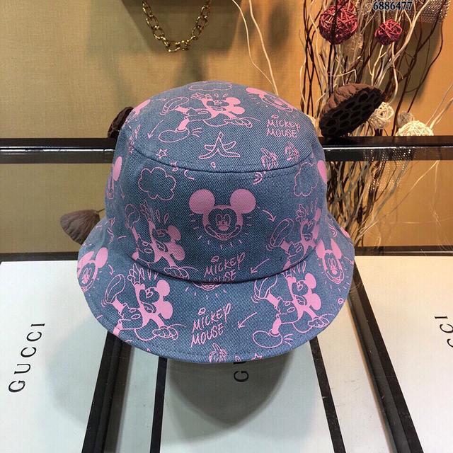 (周年慶)特價Gucci最新帽子米奇印花漁夫帽盆帽新品,防曬指數超高,俏皮可愛