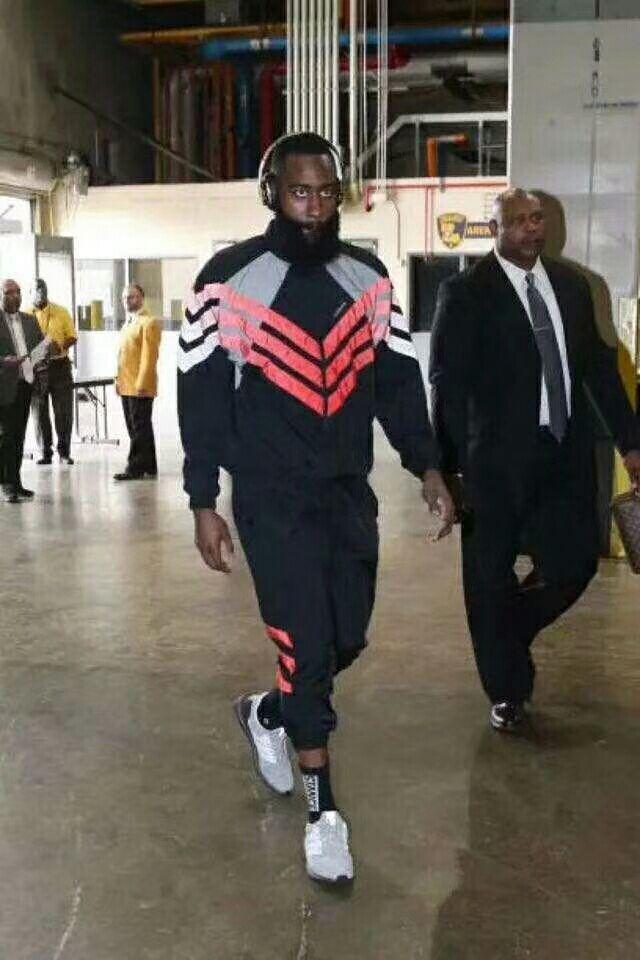 Adidas 嘻哈防風夾克