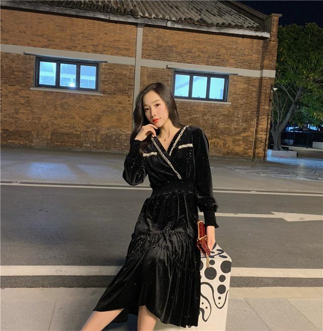 11 S-XL 韓版 小香風閃亮V領收腰絲絨連衣裙
