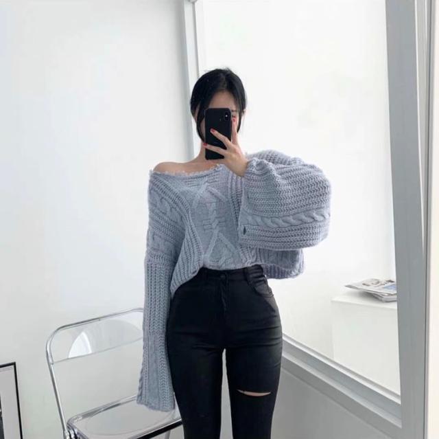 韓國個型皮革塗層割破貼腿九分褲