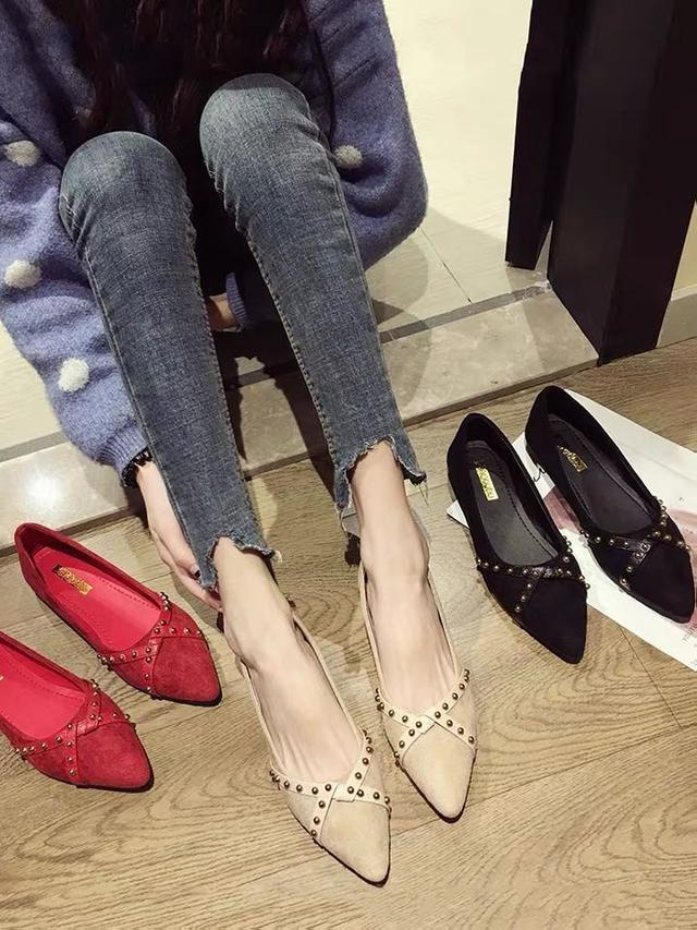 (預購)尖頭單鞋女2020新款百搭女鞋秋季平底鞋黑色秋款網红淺口豆豆鞋子