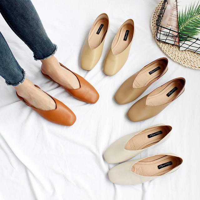 (預購)2020新款夏百搭軟皮淺口兩穿平底低跟鞋(小)