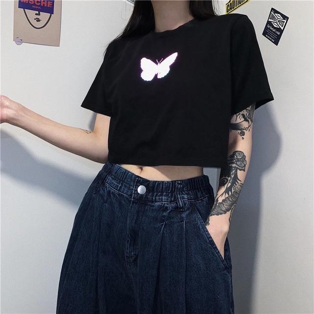 抖音 熱賣款🔥 反光 蝴蝶 短版短袖上衣