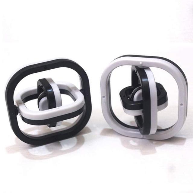 (預購S) G1169 - 3D無限翻轉手指陀螺(一組2個)
