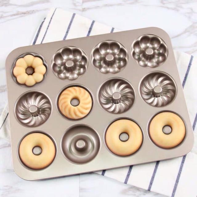 12連三花型蛋糕模 金色不沾小蛋糕模具 花型蛋糕 甜甜圈模具 曲奇餅乾烤盤