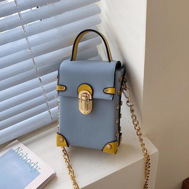 新款質感百搭盒子手機包时尚铆釘鏈條斜挎包