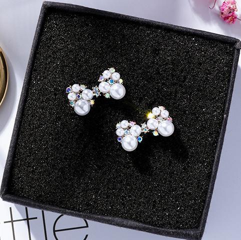 鑲鑽蝴蝶結炫彩鑽珍珠耳環 (925銀針)