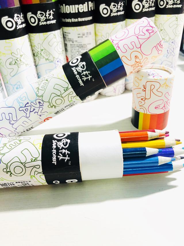 18色環保色鉛筆